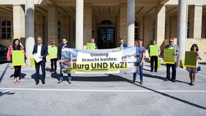 """ÖVP und SPÖ:  Petition """"Güssing braucht beides – Burg UND KuZ"""": 1.261 Unterschriften übergeben"""